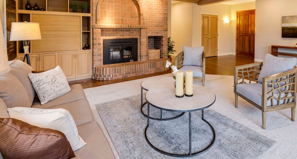 pad-with-fireplace